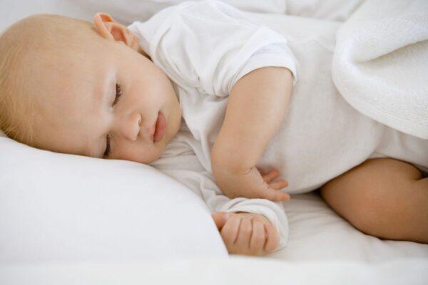Poduszki dziecięce z wypełnieniem jedwabnym